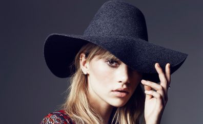 Suki waterhouse, actress, hat