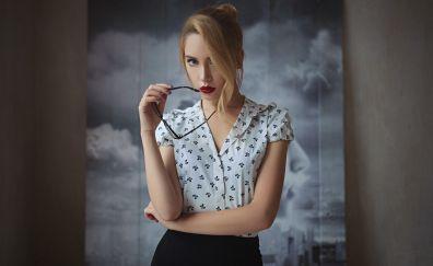 Ksenia kokoreva, office outfit, girl model