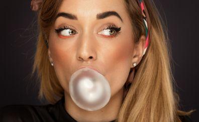 Face, model, bubble gum, makeup