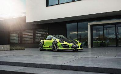 Front view, Porsche 911 Turbo, green car