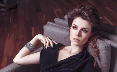 Başak Parlak, celebrity, actress