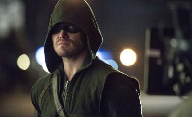 Stephe amell as Green Arrow in arrow tv series
