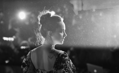 Dakota johnson, black and white, 5k