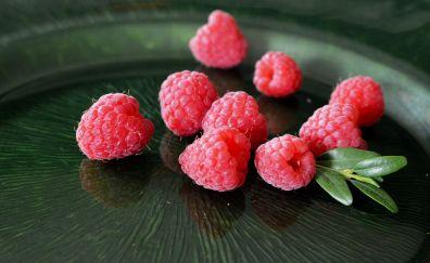 Raspberries, leaves, red fruits