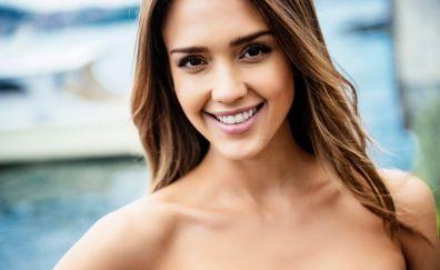 Jessica Alba, smile, Hurriyet, 2017