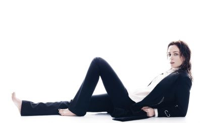Lying down, actress, Emily Blunt