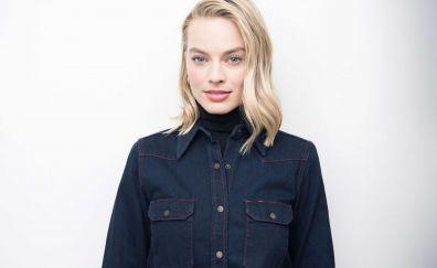 Margot robbie, new york times, blonde, 2017