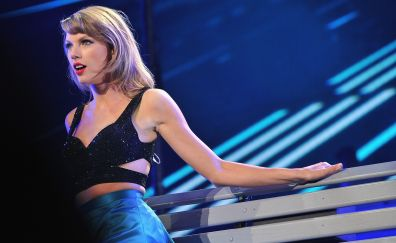 Taylor swift, american singer on stage, performance