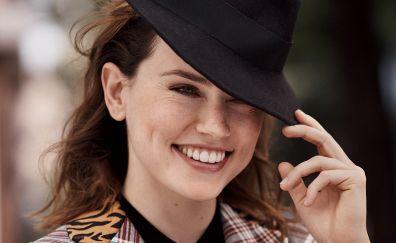 Daisy ridley, smile, black hat