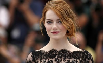 Emma Stone, black dress, smile