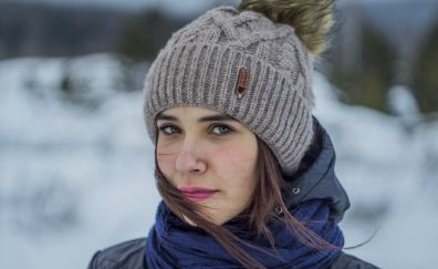Winter, brunette, woman's face, 5k