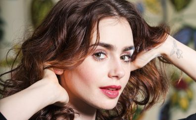 Lily collins's cute face