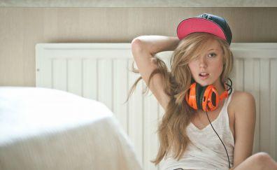Girl, model, bed, headphone