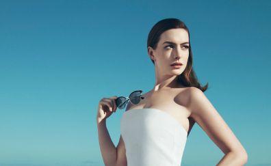 Anne Hathaway, 2017 photo shoot, sunglasses