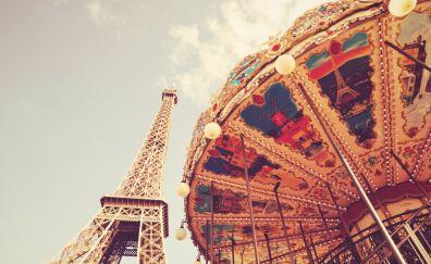 Eiffel tower and Ferris wheel
