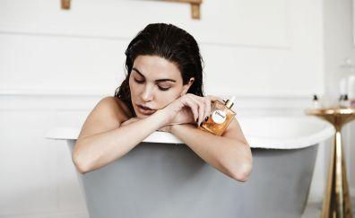 Negin Mirsalehi, celebrity, bathtub