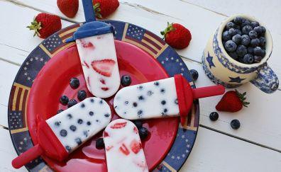 Dessert, ice candies, blueberries, strawberries