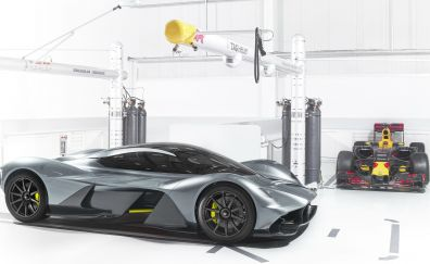Dream car, Aston Martin Valkyrie, side view