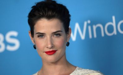 Cobie smulders red lips