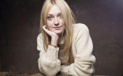 Dakota Fanning, woman, blonde