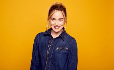 Red lips, Caity Lotz, jeans shirt
