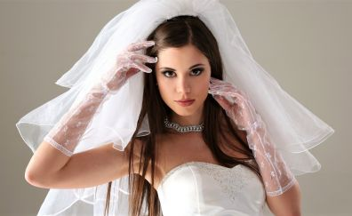 Wedding dress, necklace, girl model, brunette