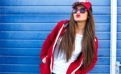 Girl model, brunette, sunglasses, holiday, summer, cap