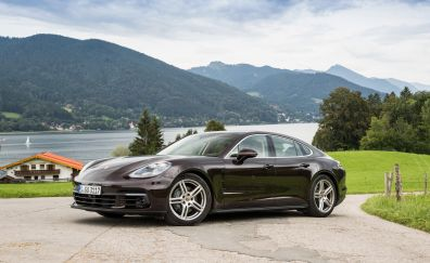 Porsche panamera 4s sports car