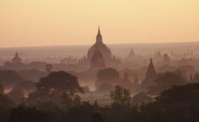 Temples of Bagan, Myanmar, Burma, sunrise. horizon, nature