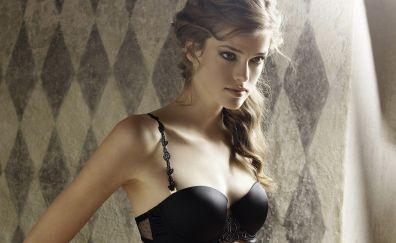 Julia Saner model