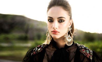 Female celebrity, makeup, Akanksha Thakur