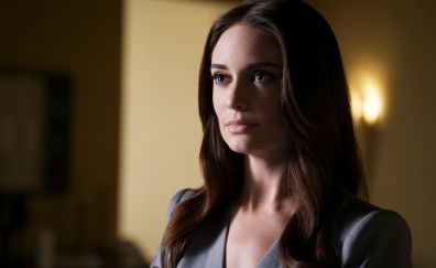 Mallory Jansen, brunette, beautiful actress