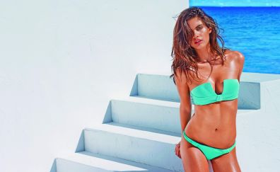 Hot model, celebrity, Sara Sampaio, bikini
