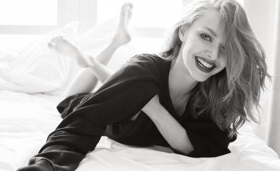 Amanda Seyfried, Vogue, smile, monochrome, 5k