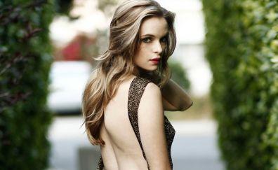 Danielle Panabaker, backless dress, celebrity