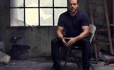 Matt Damon, hero, actor, sitting