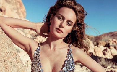 Bold Actress, outdoor, Brie Larson