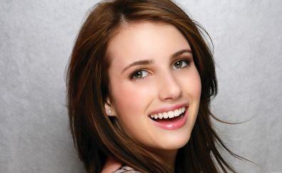 Beautiful Celebrity Emma Roberts's Simile face