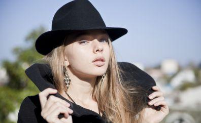 Hot Milena D, model