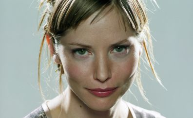 Sienna Guillory face