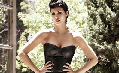 Hot Brazilian celebrity, actress, Morena Baccarin