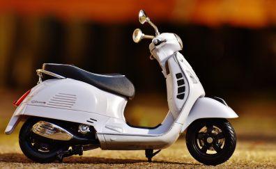 Vespa bike model, toy