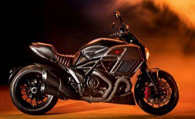 Ducati Diavel, diesel bike