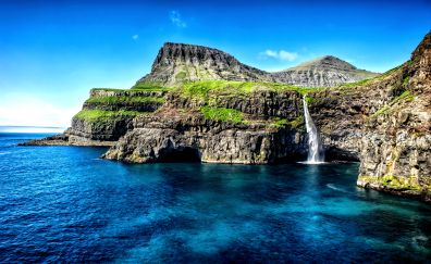 Hawaii islands, waterfall