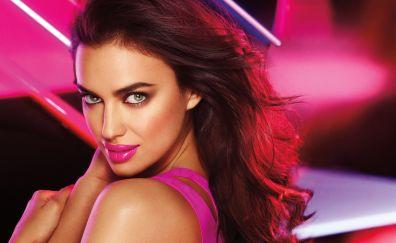 Hot Irina Shayk lipstick makeup