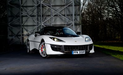 Lotus Evora, white sports car
