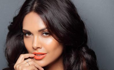 Bollywood Actress Esha Gupta
