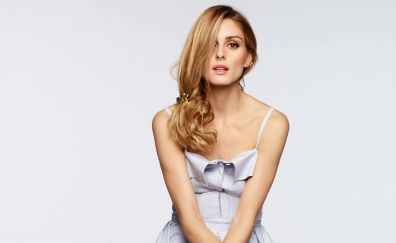 Blonde model, Olivia Palermo, hair on face