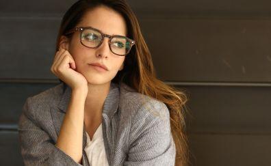 Brunette, Génesis Rodríguez, glasses, celebrity