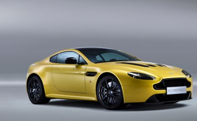 Aston martin v 12 vantage car wallpaper